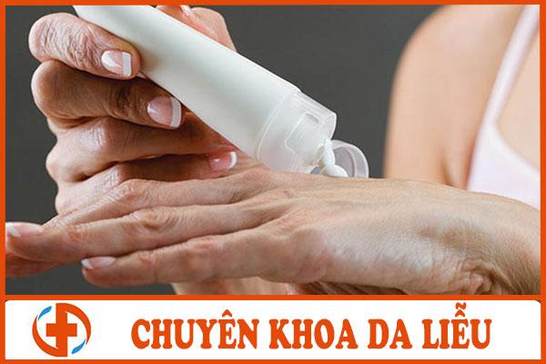 Bài thuốc bôi Đông y chữa bệnh dị ứng da